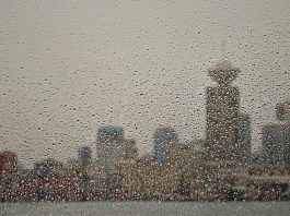 """VPD warn citizens to """"stay indoors"""" from Vancouver weather"""